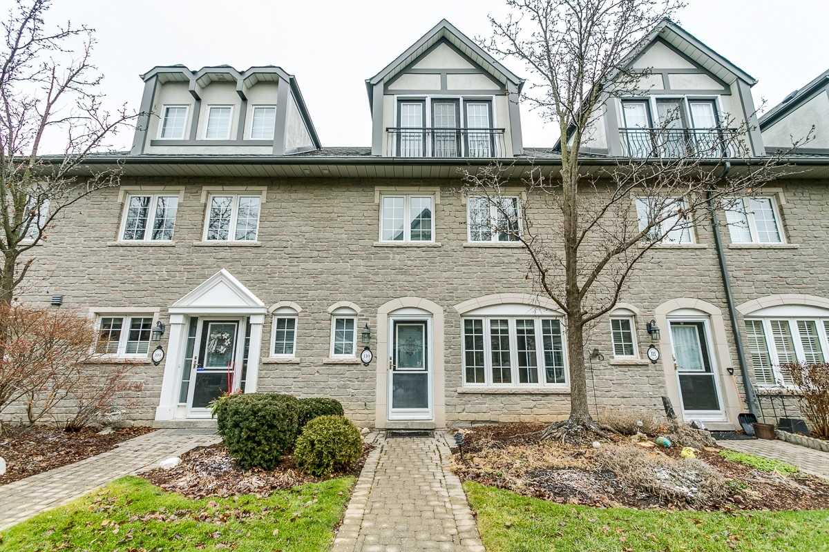 1995 Royal Rd, Pickering