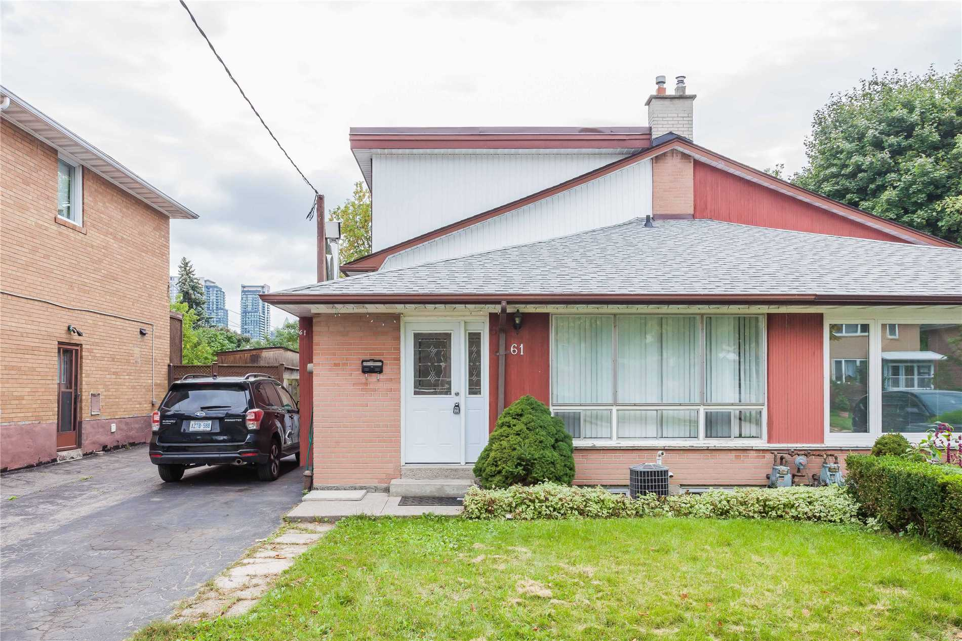61 Holcolm Rd, Toronto
