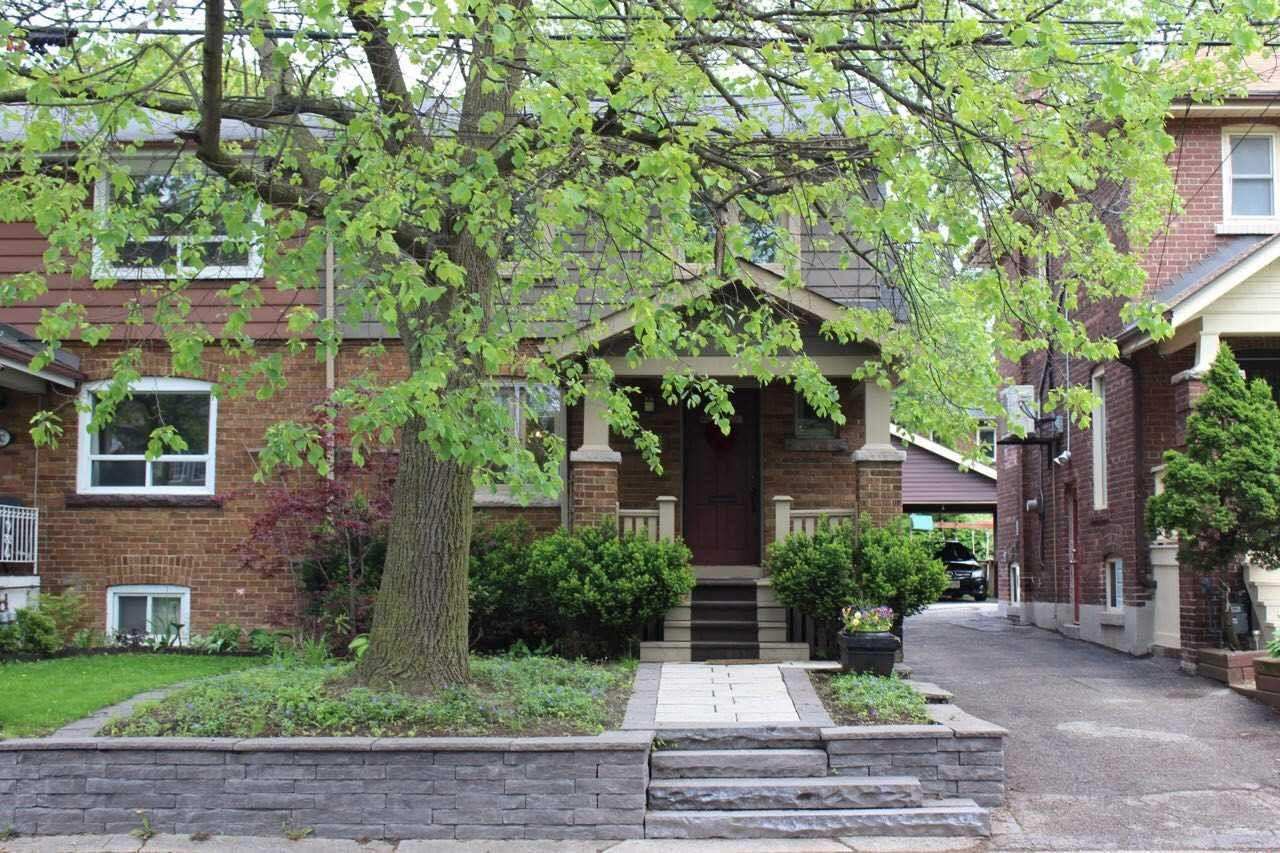 534 Millwood Rd E, Toronto