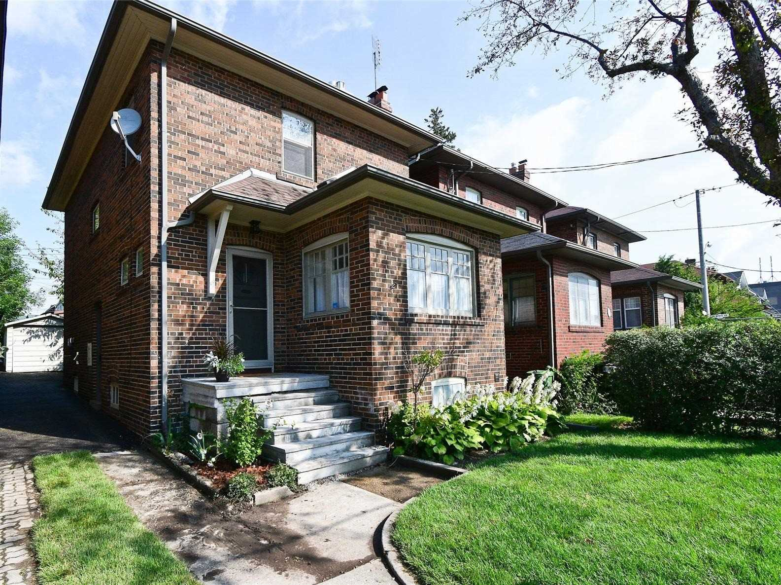 66 Lawrence Ave W, Toronto