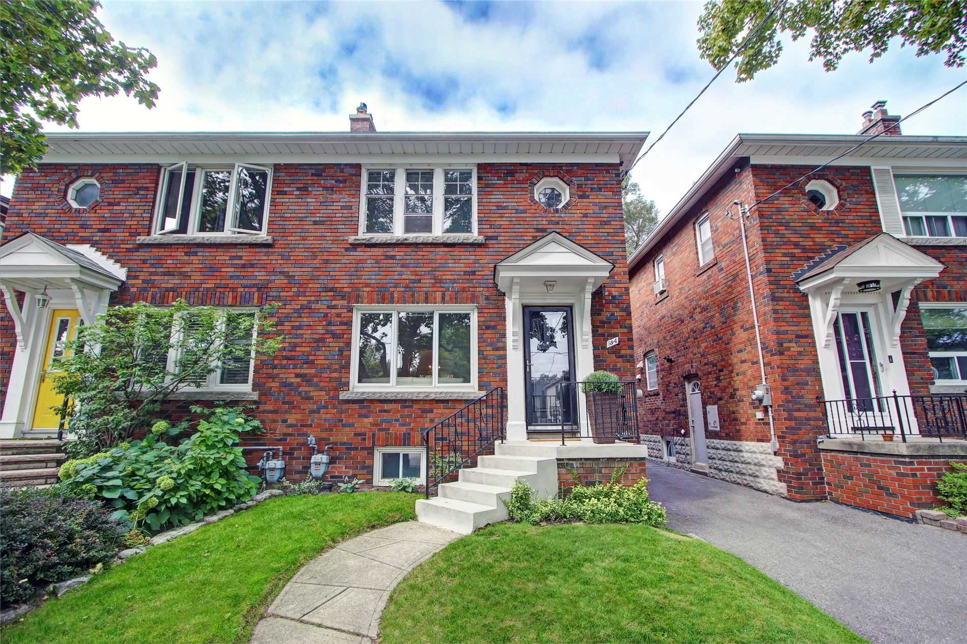 194 Rumsey Rd, Toronto