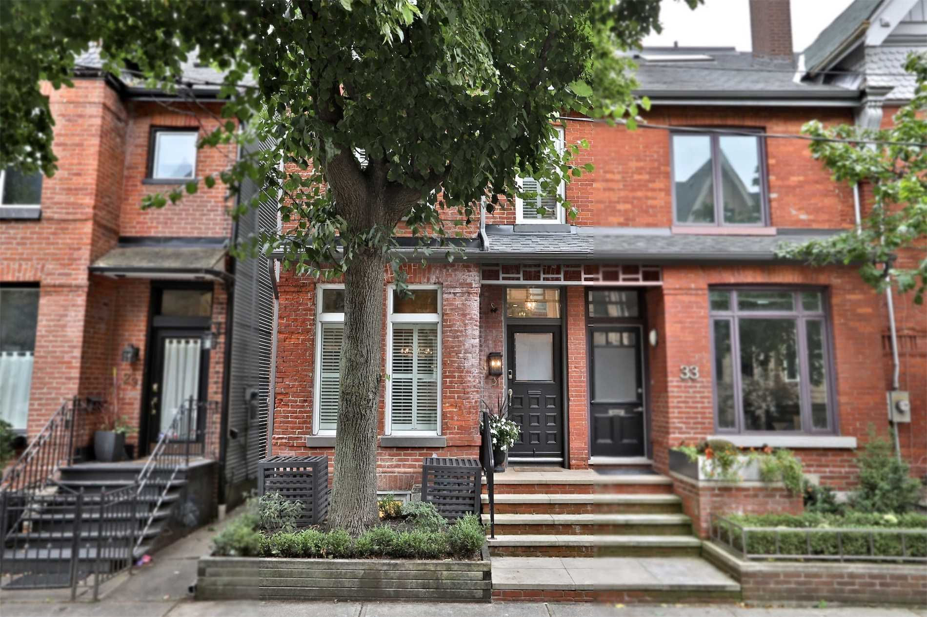 31 Alcorn Ave, Toronto