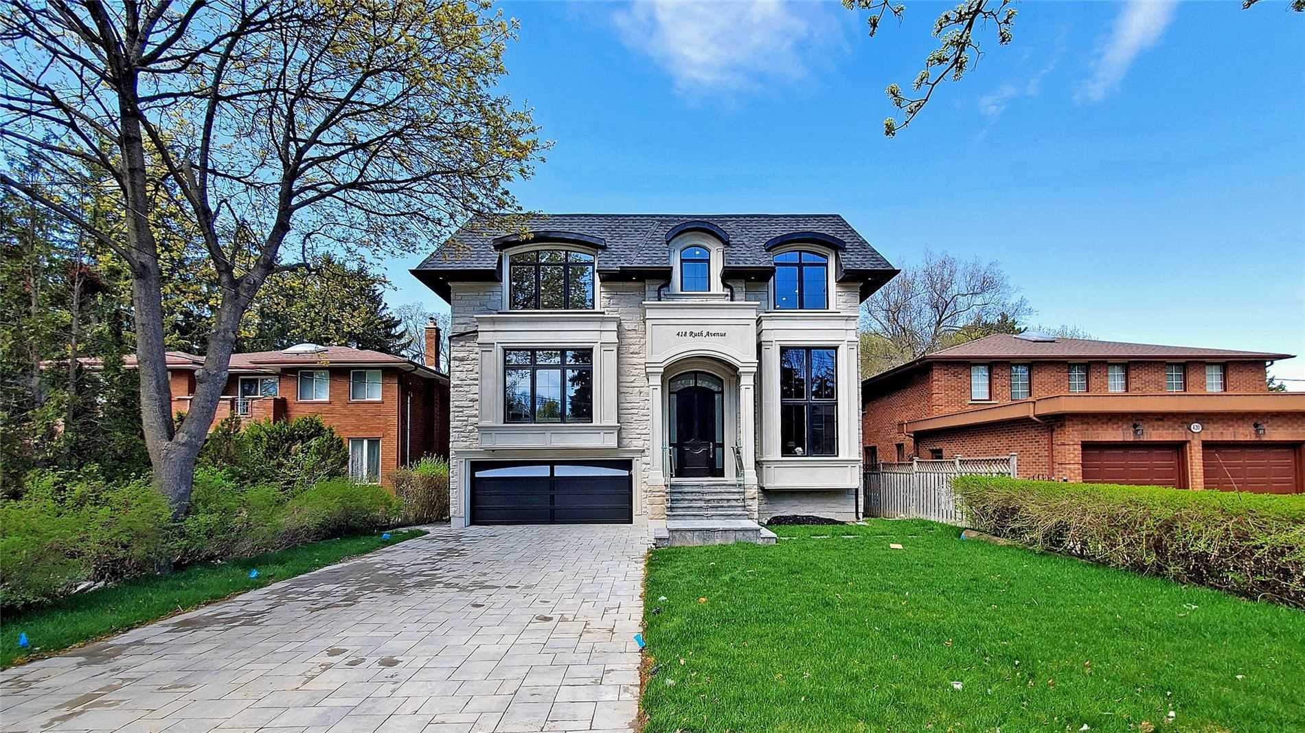 418 Ruth Ave, Toronto