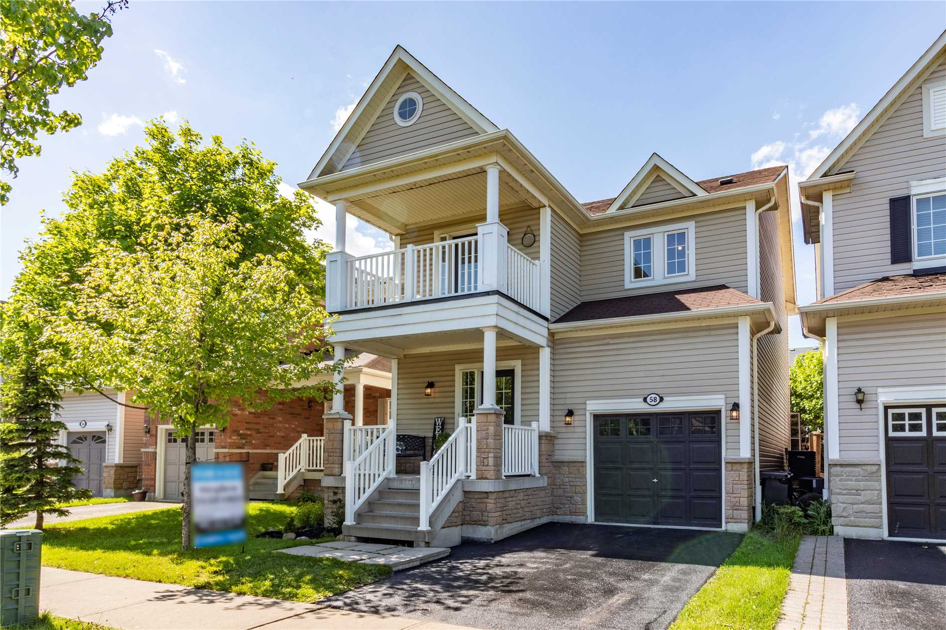 58 Dunstable Dr, Whitby