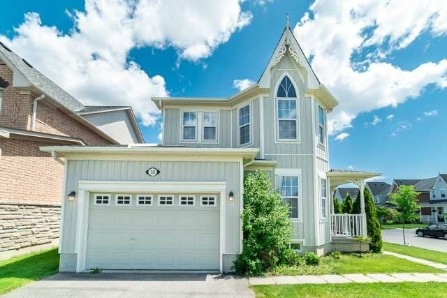 50 Wessex Dr, Whitby