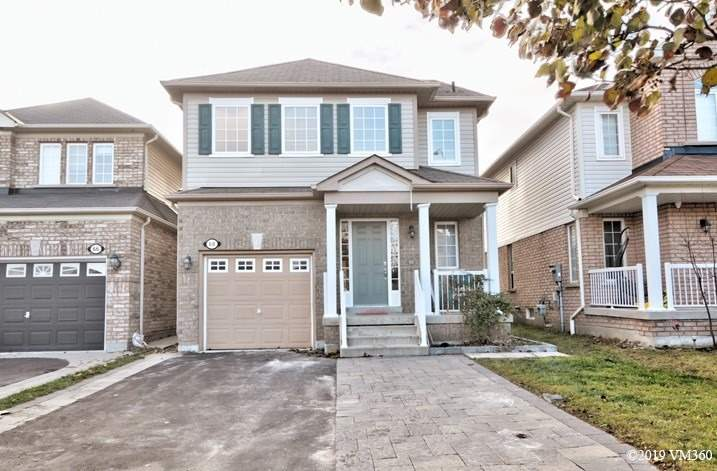 68 Harkness Dr, Whitby