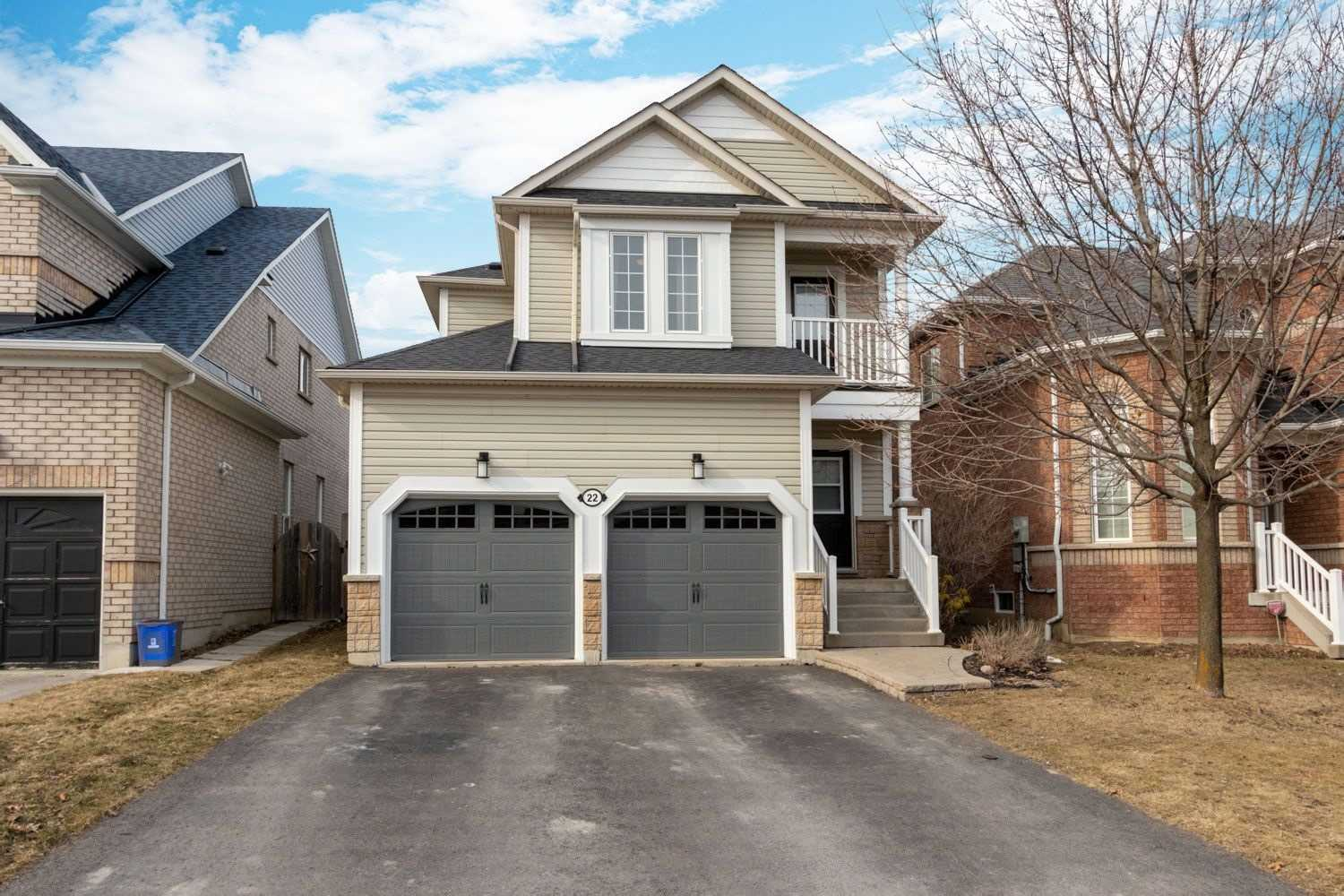 22 Kenilworth Cres, Whitby