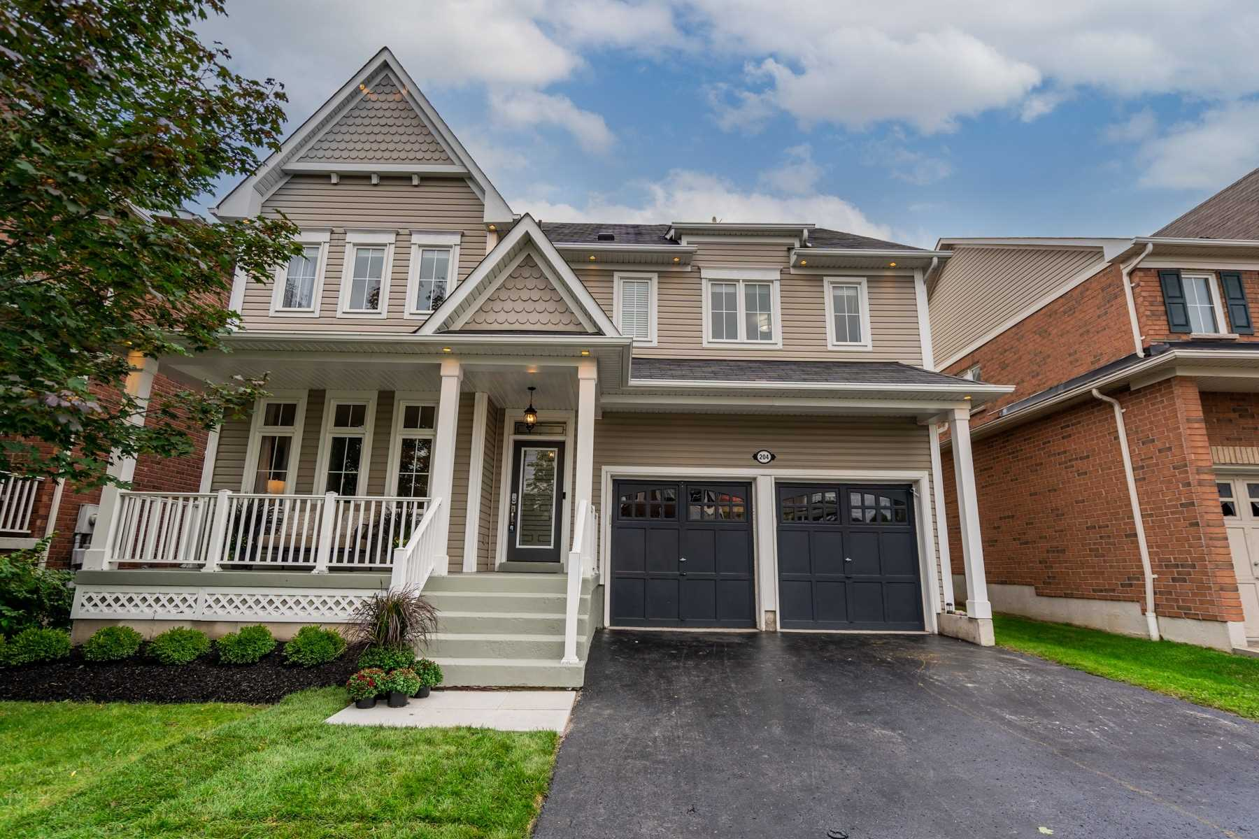 204 Montgomery Ave, Whitby