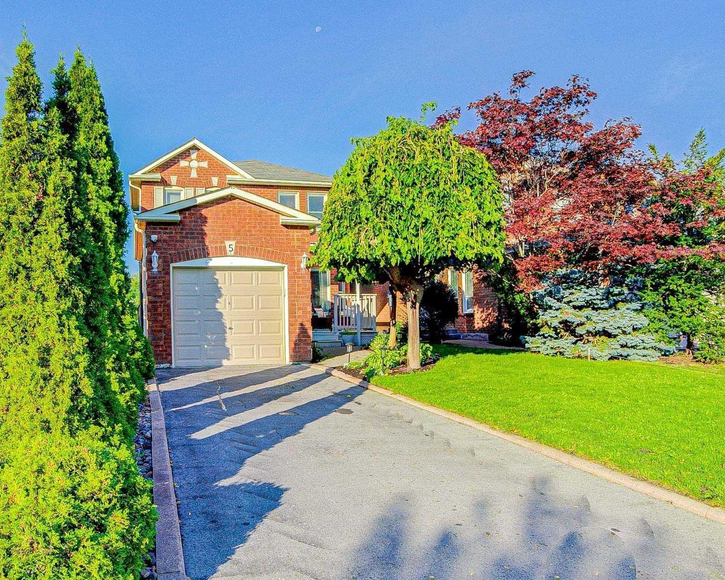 5 Sable Cres, Whitby