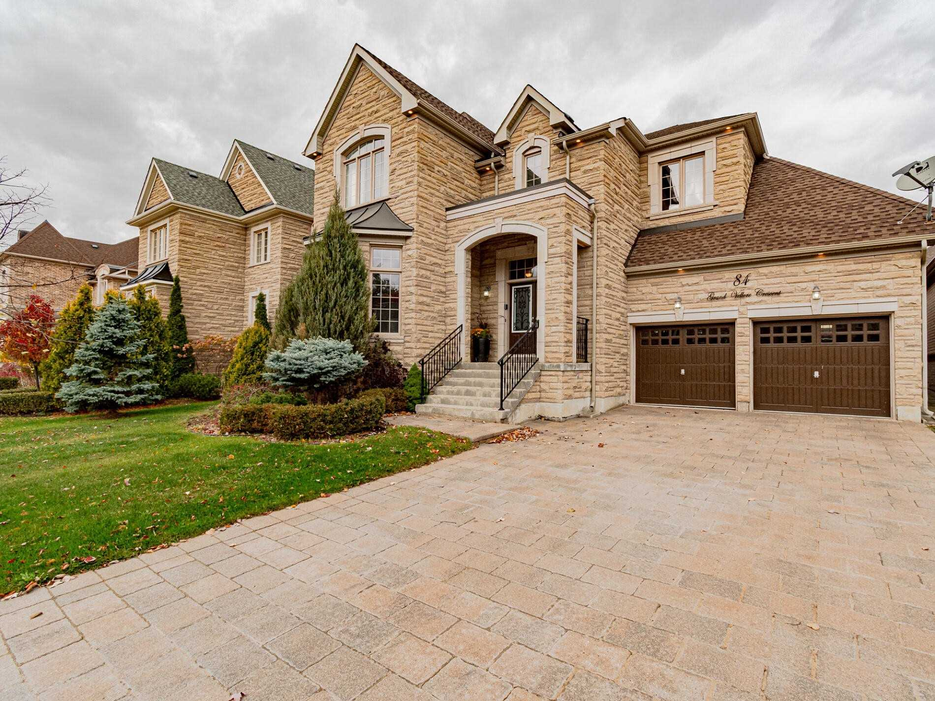 84 Grand Vellore Cres, Vaughan