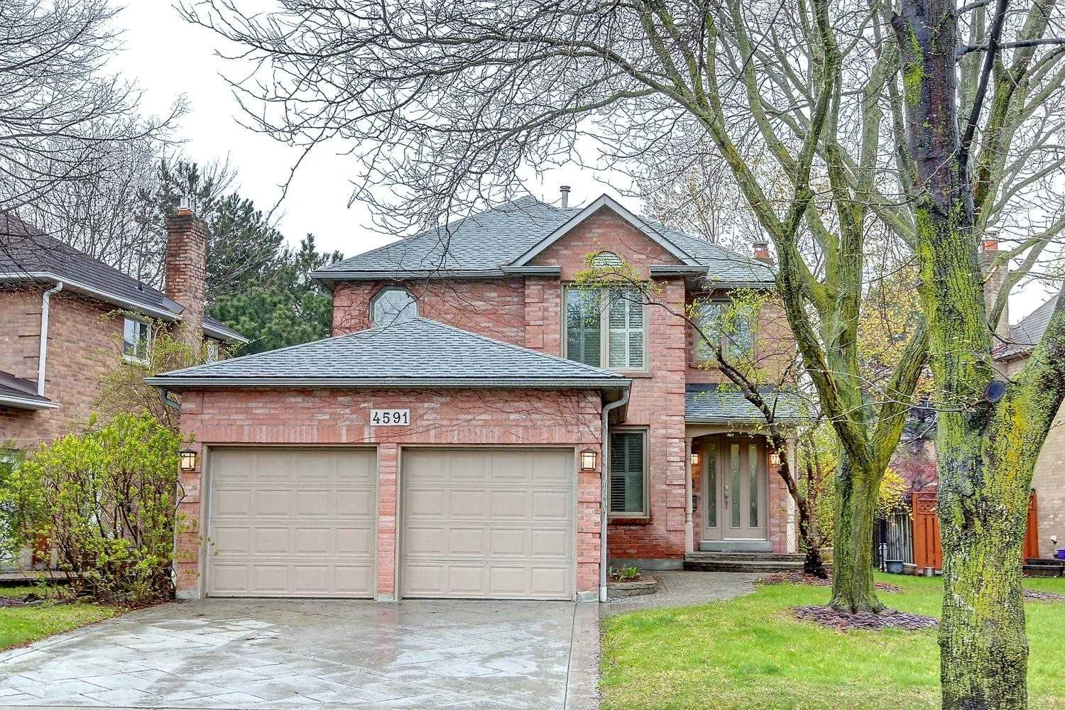 4591 Credit Pointe Dr, Mississauga