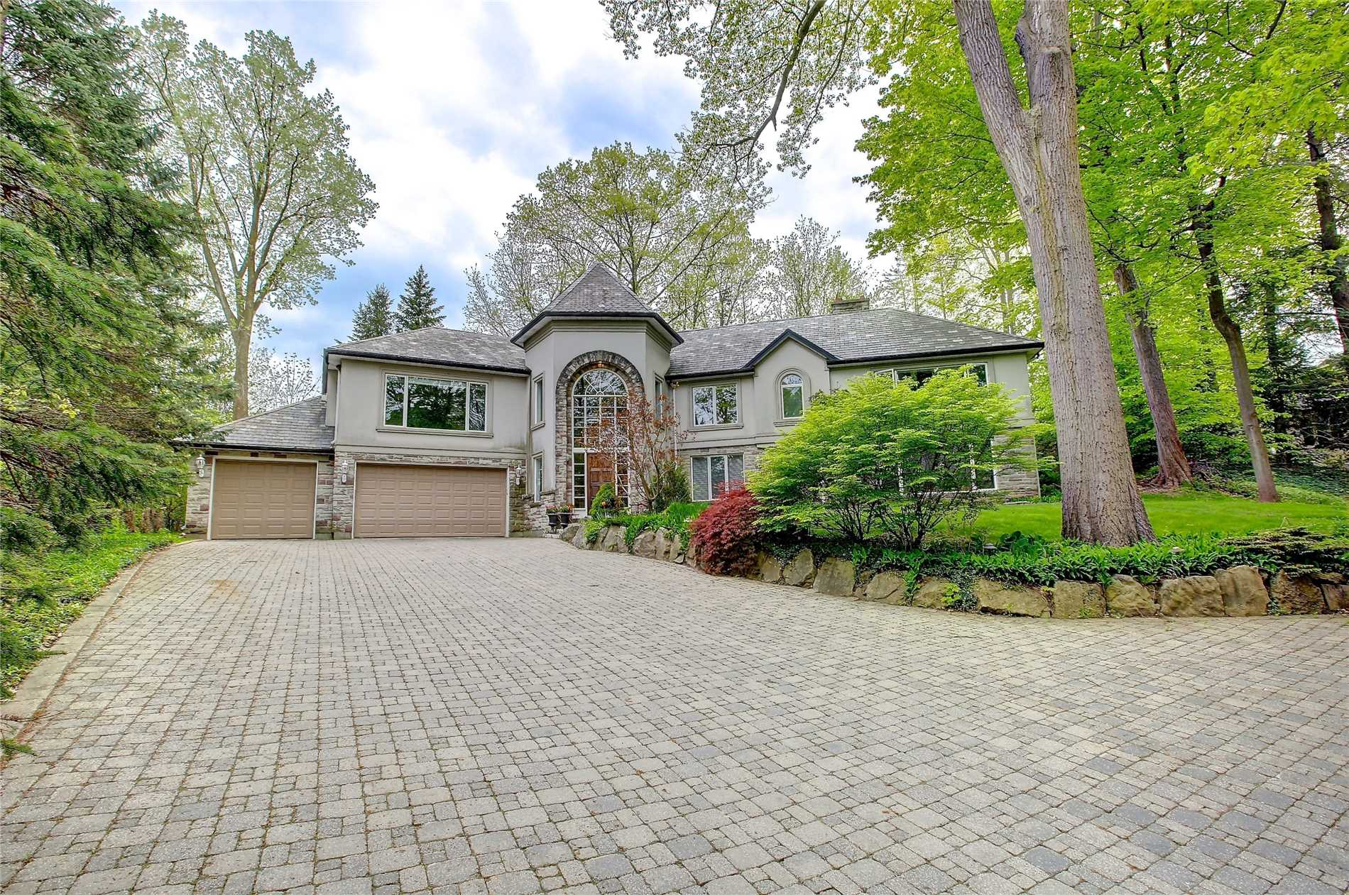 810 Meadow Wood Rd, Mississauga