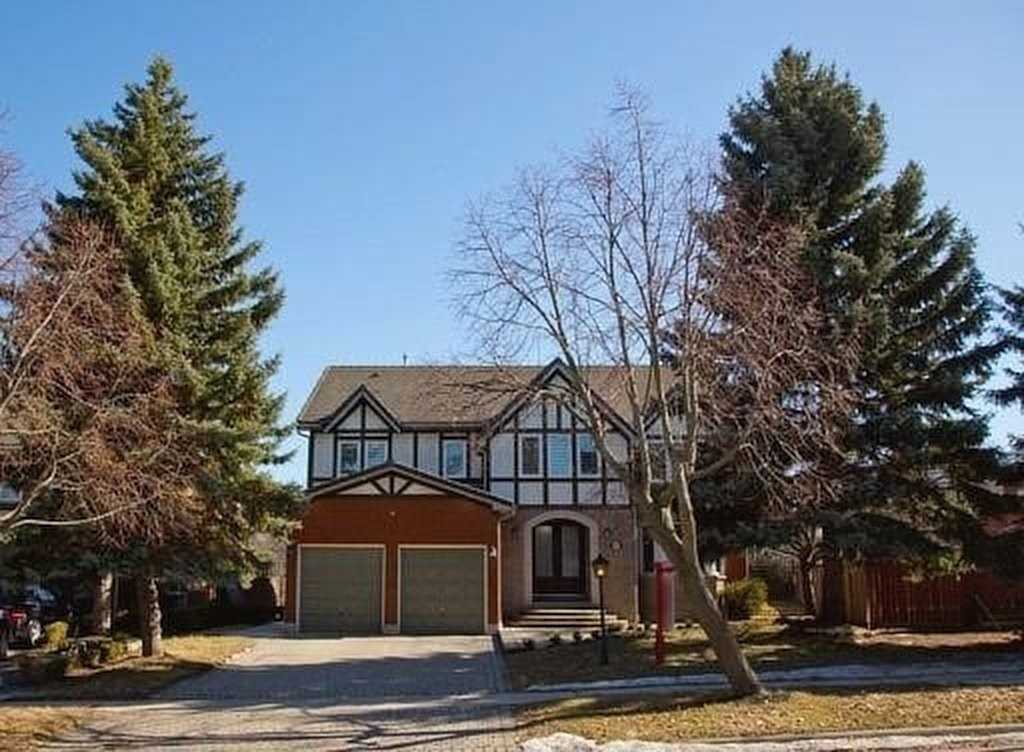 4895 Forest Hill Dr, Mississauga