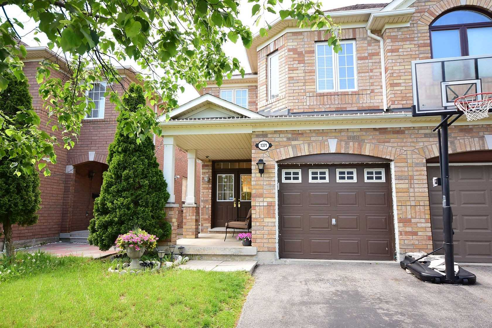 1371 Weir Chase, Mississauga