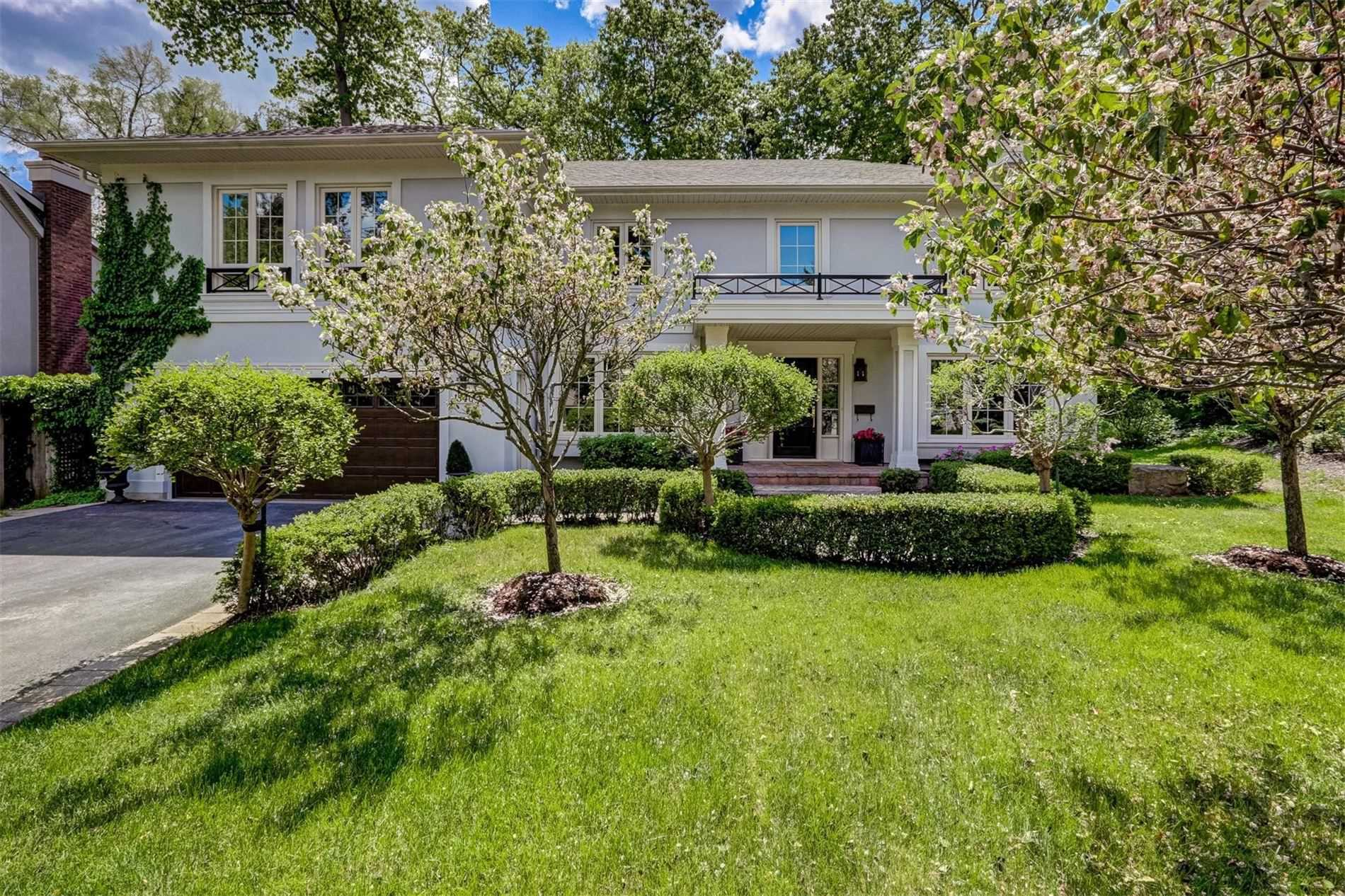 1540 Point-O-Woods Rd, Mississauga