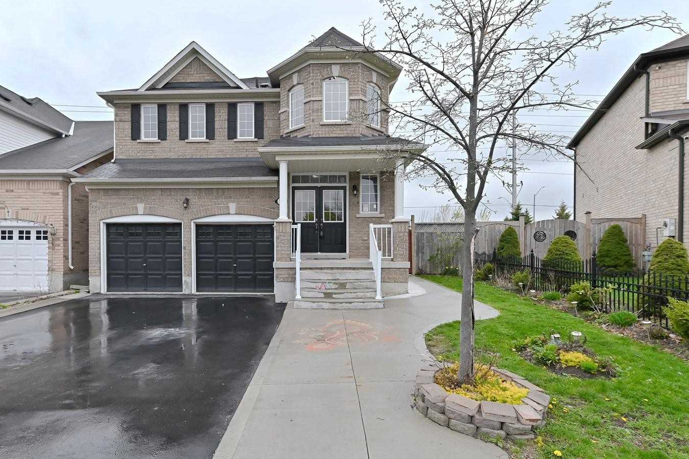 36 Spotted Owl Cres, Brampton