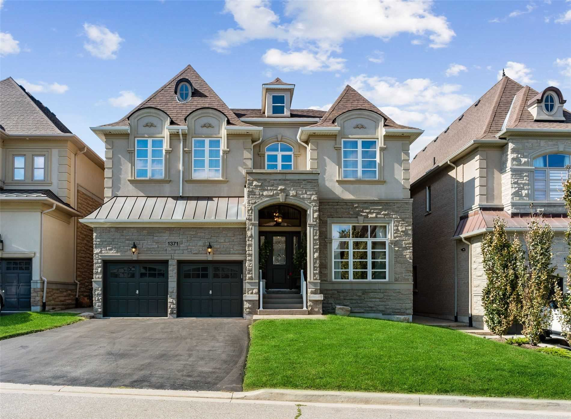 1371 Clearwater Cres, Oakville